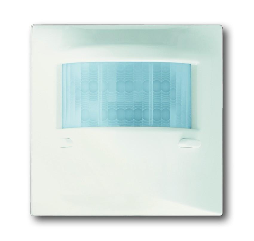 busch j ger busch w chter 180 up sensor komfort ii 6800. Black Bedroom Furniture Sets. Home Design Ideas