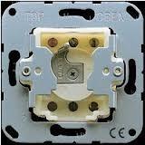 JUNG Schlüsselschalter, Taster 1-polig 133.18